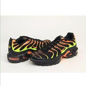 Nike Air Max Plus Tn Running Shoes